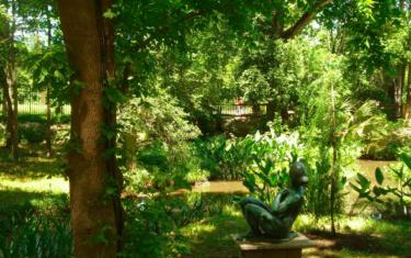 Scavenger Hunts & Goats in the Umlauf Sculpture Garden