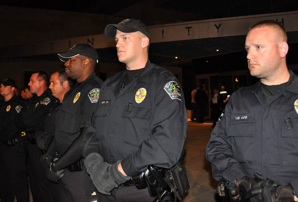 Austin Makes Memphis Cops An Offer They Can't Refuse
