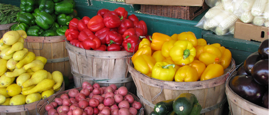 13 Austin Markets Where You Can Hug A Farmer This Season
