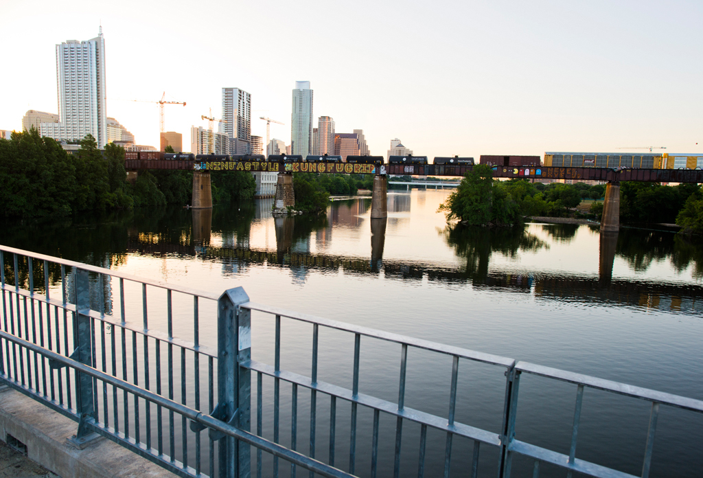 7 Totally Picture Perfect Places To Take Your Next Austin Selfie