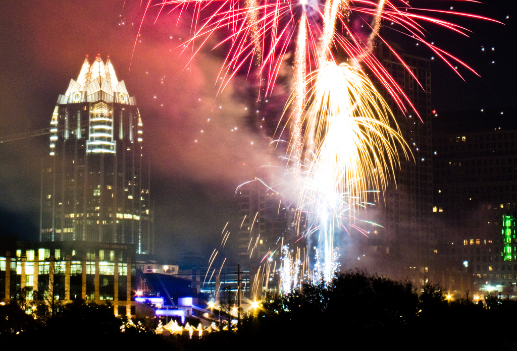 Celebrate The New Year In Austin At These 10 Fireworks Viewpoints!