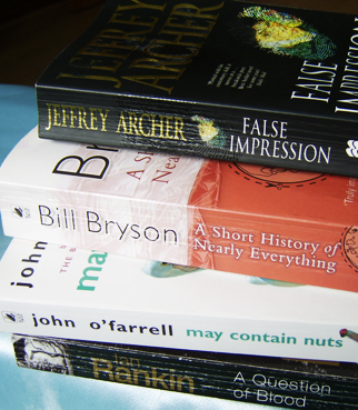 Bill Bryson A Short History of Nearly Everything book novel comedy humor African Diary Walk in the Woods Thunderbolt Kid
