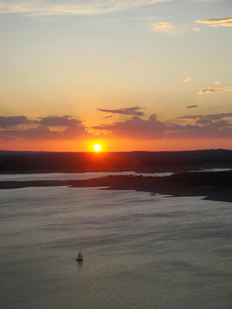 boat-sailboat-austin-texas-lake-travis-atx-sunset-dusk-water