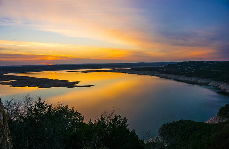lake-travis-sunset-dusk-colors-reflection