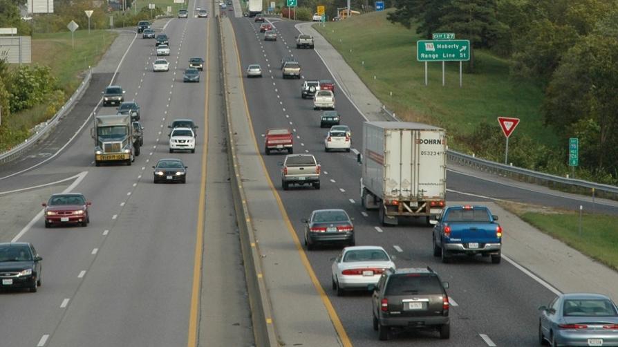 https://en.wikipedia.org/wiki/Car#/media/File:Cars_driving_on_an_expressway.jpeg