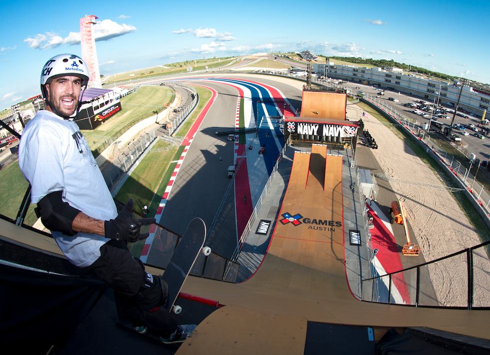 https://commons.wikimedia.org/wiki/File:Edgard_%22Vovo%22_Pereira_at_the_top_of_the_megaramp_at_X_Games_Austin_2015.png