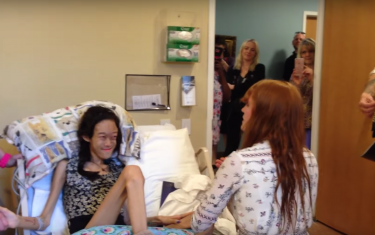 Hospice Staff are True Heroes in Viral Florence Welch Video