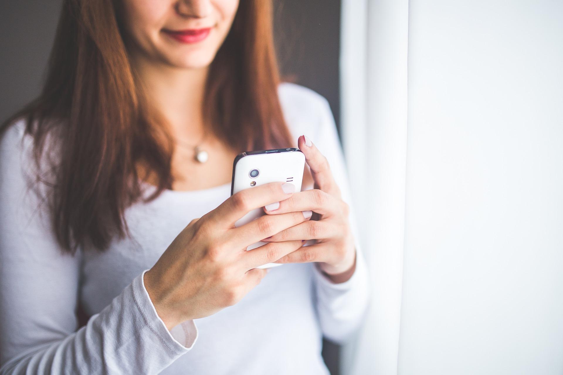 https://pixabay.com/en/mobile-phone-mobile-smartphone-791644/