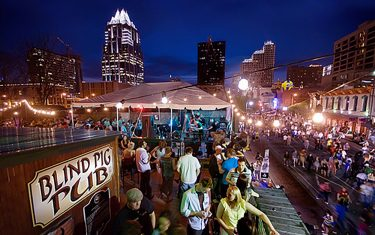 This Beautiful Short Film Captures What Austin Nightlife Is Really Like