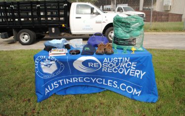Austinites Can Now Recycle Clothing And Housewares from the Comfort of Their Own Homes!