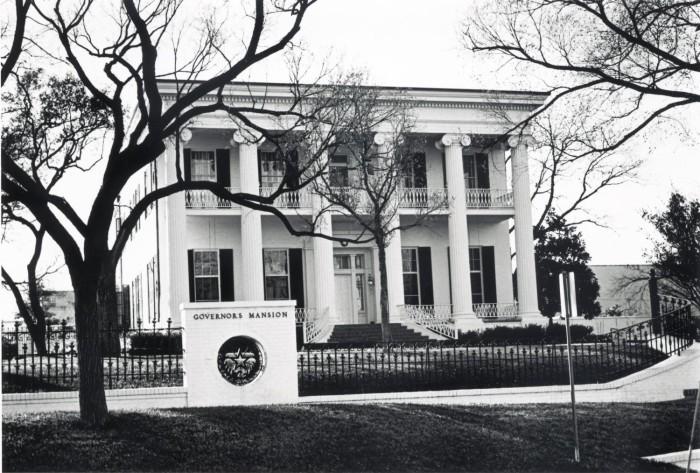 https://texashistory.unt.edu/ark:/67531/metapth124768/citation/