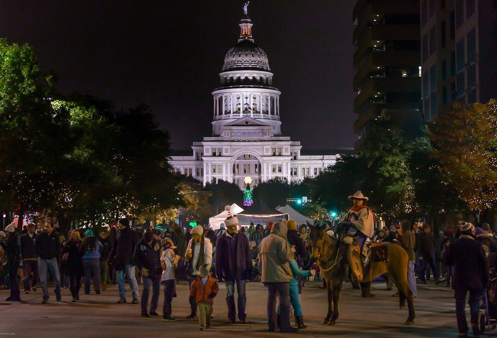 austin-texas-very-merry-christmas-happy-holidays