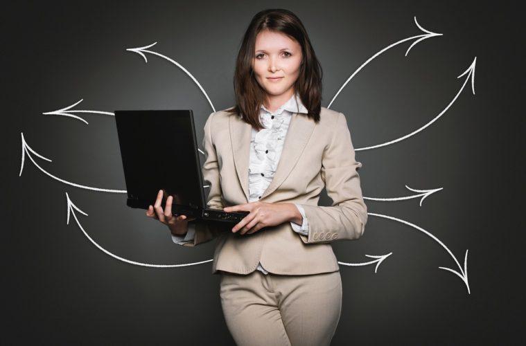 Photo source: https://pixabay.com/en/analytics-computer-hiring-database-2697949/