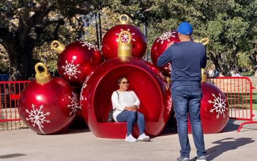 Guests Visiting For Christmas In Austin? Here's Where To Take Them