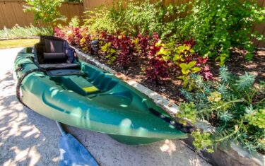 8 Beautiful Spots to Go Kayaking In Austin Or Not Too Far From ATX