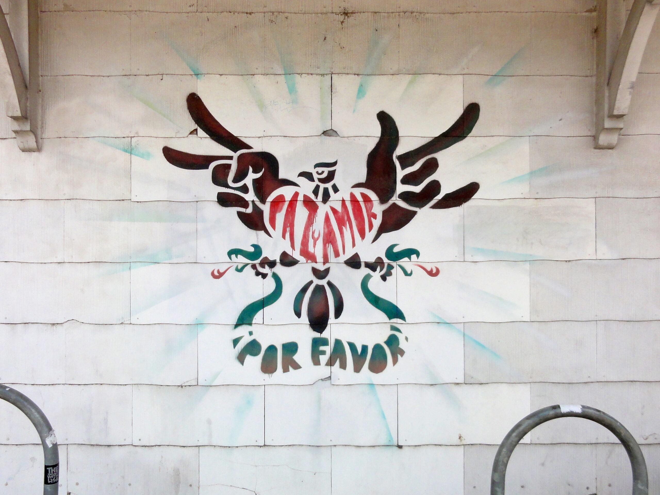 Paz y Amor Mural