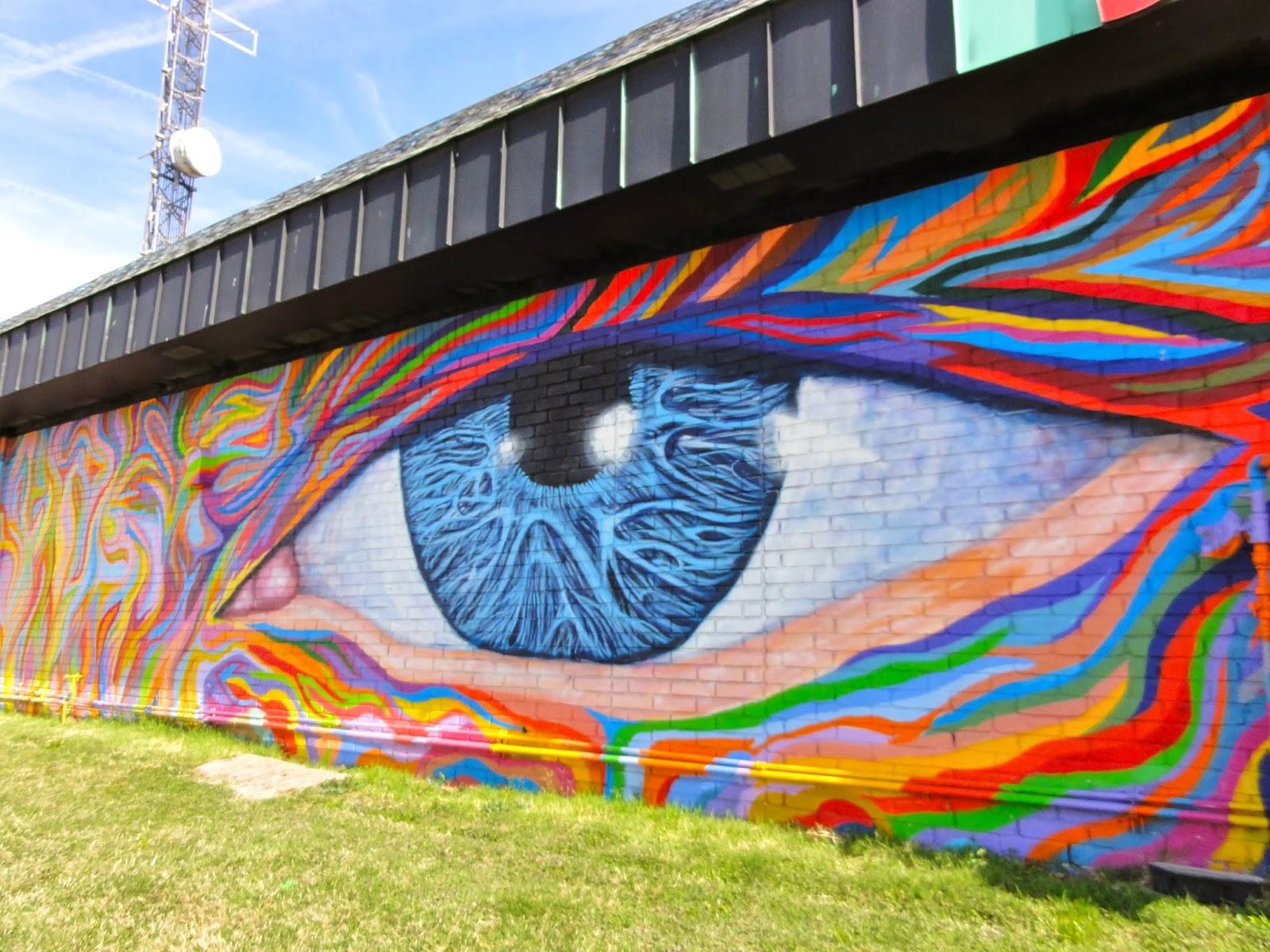 Austin Mural Jerry's Artarama: 6010 N IH 35