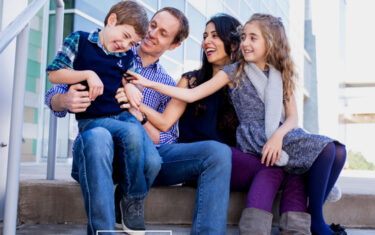Giveaway: Fall Family Mini Photo Session With Hatched Photography
