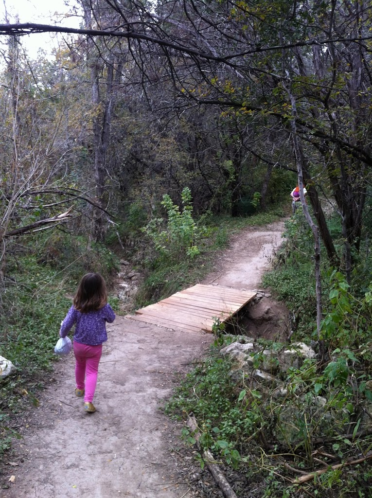 Growing Up Austin - Austin Kids Hike - Barton Creek